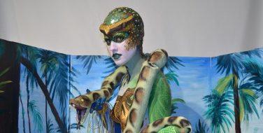 Maquillaje corporal serpiente