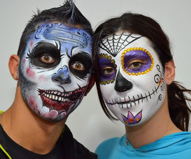 Maquillaje de zombie y de catrina