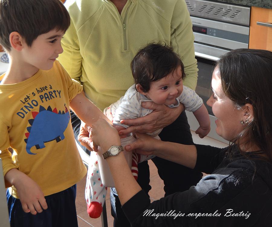 realizando lifecasting bebe y niño