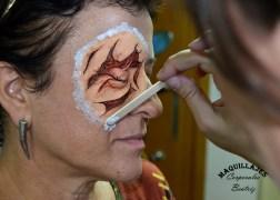 Herida en ojo con espuma de látex