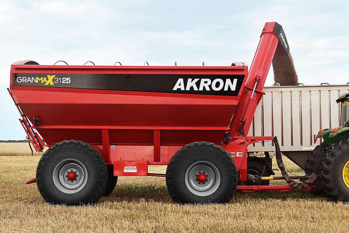 Akron presentó la nueva línea de tolvas GranMax