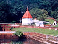 Andhalgaon is the Census Town in Mohadi Tahsil of Bhandara District of Maharashtra, India.This town is 9 km far from tehsil spot and 29 km from Bhandara district. Durga mata...