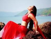 Priya Bapat's upcoming movie Timepass 2's songs. check out the song from upcoming marathi movie Timepass 2 a remix version of marathi movie Timepass. Priya Bapat dazzling in this movie....