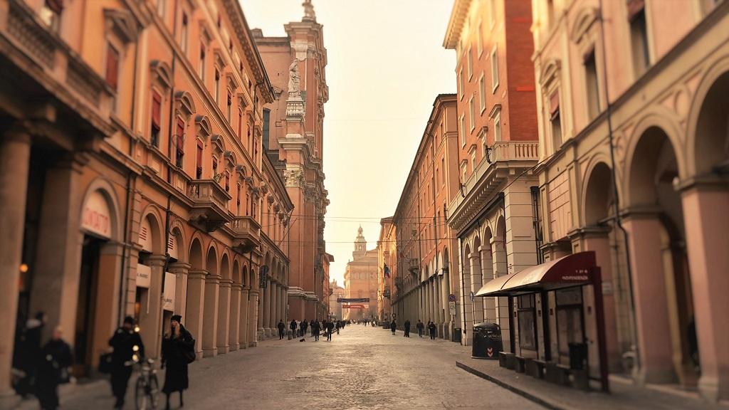 Bologna: una città dove la mobilità urbana funziona. Ecco perchè.