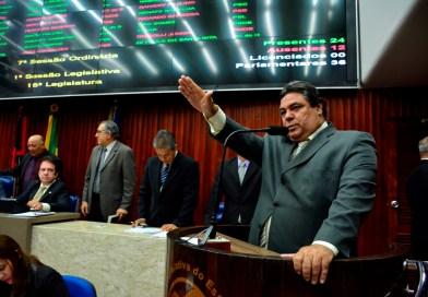 Tucano governista chama Hervázio de 'nosso líder'