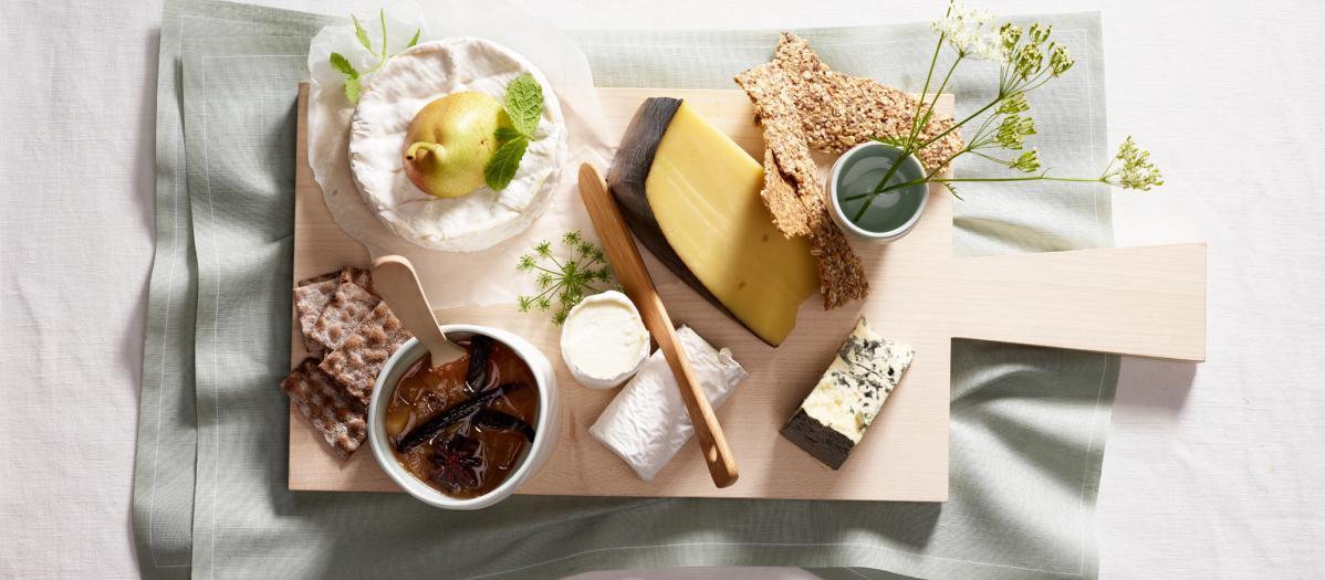 Hva slags ost på ostefatet, hvor mye og hva slags tilbehør?