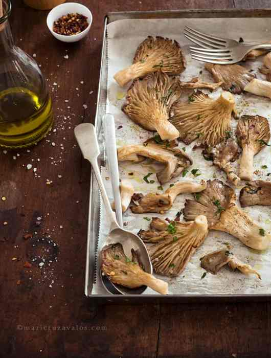 roasted_mushrooms_on_a_baking_tin