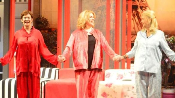 zanicchi teatro 3 donne in cerca di guai