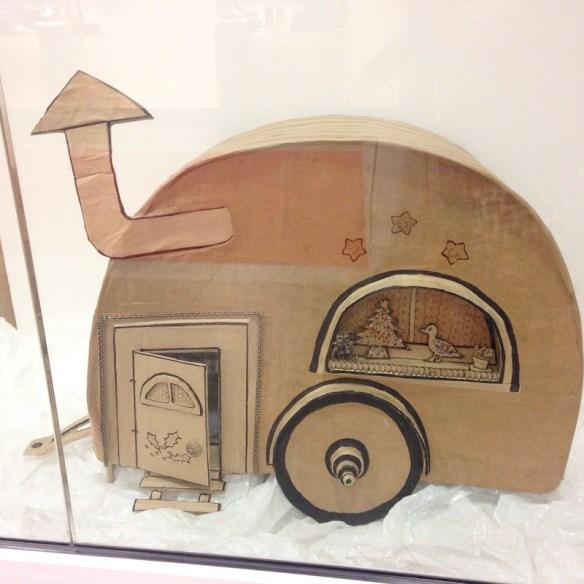 caravane en carton - Marjoliemaman