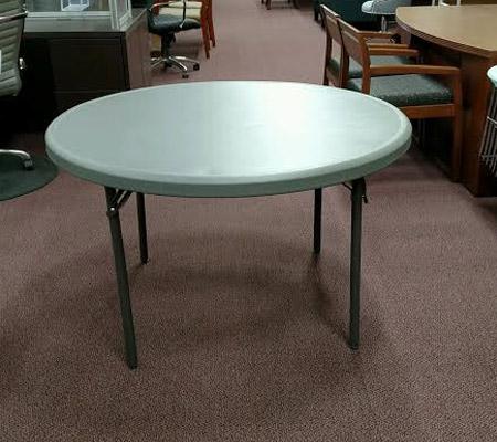 iceberg_round_table