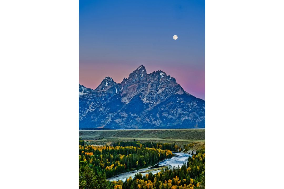 Full Moon, Snake River Overlook, Grand Teton National Park