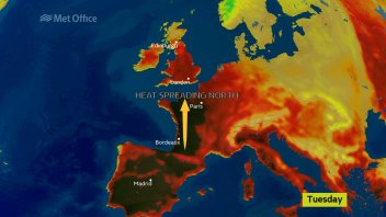 Spain To Scotland Hot Surge Is Short And Sweaty!