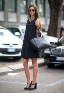 O vestido Trapézio é bem versátil e veste bem magrinhas e cheinhas e deixa as grávidas bem elegantes. Segue esquema de molde do tamanho 36 ao 56.