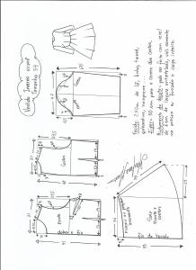 Esquema de modelagem de vestido de inverno com saia rodada tamanho 54.