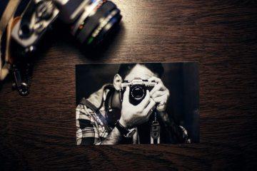 analog-camera-image-man-1595-825x550