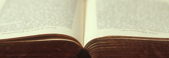 książka książki dlaczego warto czytać książki co daje czytanie książek