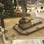 Paviment recent acabat Sauló Sòlid cementiri de Sants Barcelona 06