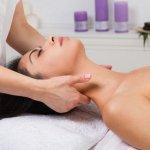 Massaggio e ipotiroidismo. Combinazione di massaggi che puoi effettuare ad un cliente affetto da ipotiroidismo  e i 5 benefici che puoi elencare (promemoria da scaricare)