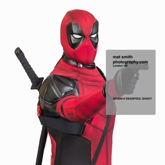 mat-smith-photography-deadpool-photo-shoot-gun-headshot