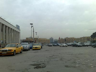 La piazza principale di Tirana