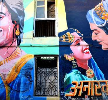Writings on the walls in Mumbai