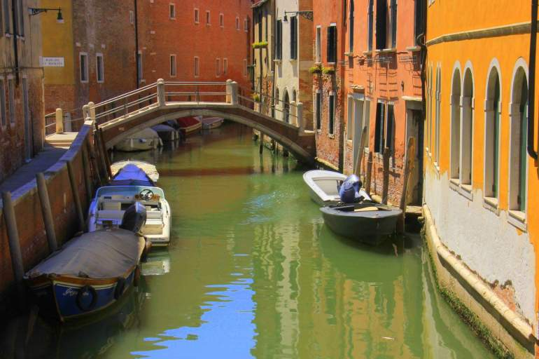 Travel tips to visit Venice on a budget