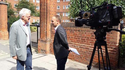 Christian Wolmar discussing his dossier with the BBC's Tom Edwards