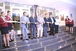 Inauguran nuevo hotel  Two Select