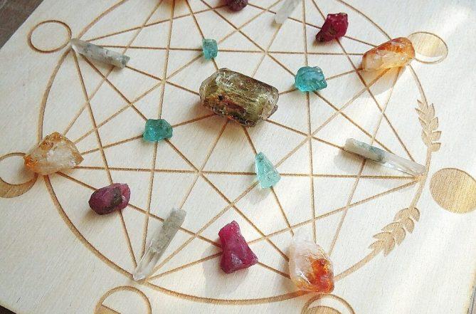 polina elia crystal