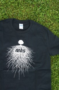 roots-tee-black-d