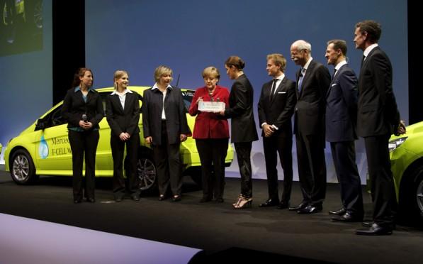 newbatterytech 597x372 Daimlers New Battery Tech Patent