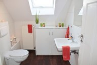 Apartment Bathroom Decorating Ideas On A Budget (1)