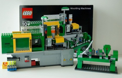 Who Wouldnt Want a LEGO Making Machine Made of LEGOs?   5797622926 de57daacb7 z 500x320