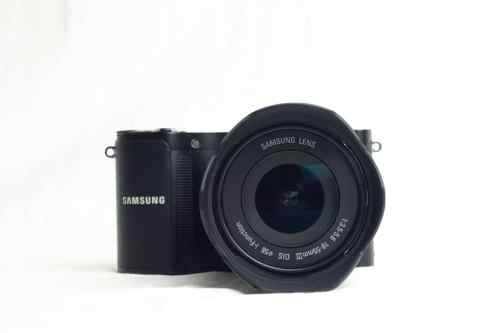 MEGATech Reviews: Samsung NX 210 Mirrorless Camera   AS2 0300 500x333