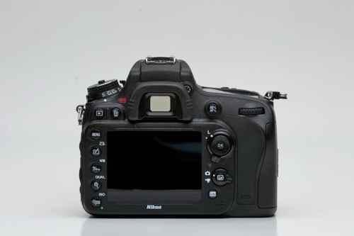 MEGATech Reviews: Nikon D600 24MP Digital SLR Camera   DSC 3779 500x333