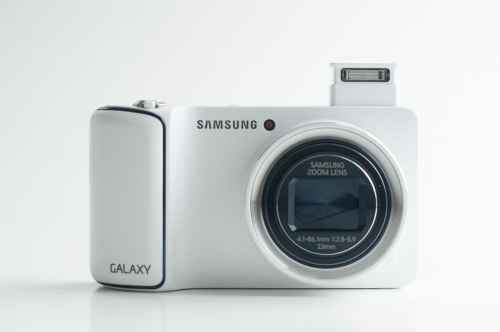 MEGATech Reviews   Samsung Galaxy Camera   AS3 4908 500x332