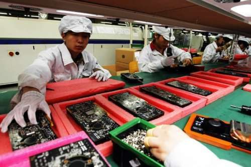 Foxconn Pays Microsoft Royalty For Every Android Device Made