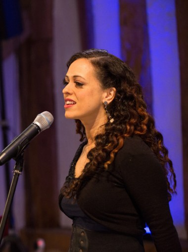 Brisbane singer Melissa Western singing at Headstone Manor Barn, Harrow UK