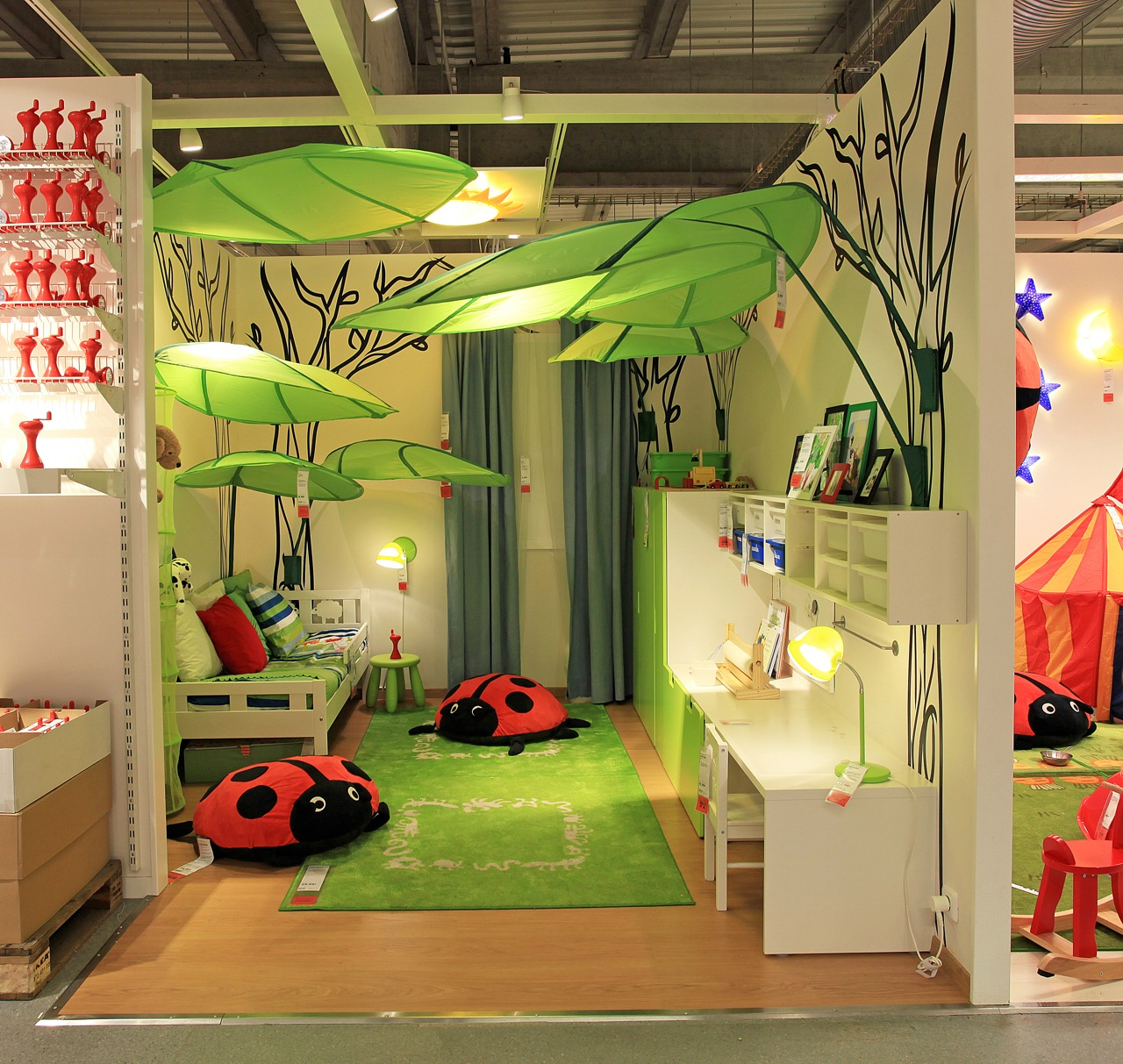 Tiendas de decoraci n infantil imprescindibles mellimama for Jaulas decoracion ikea