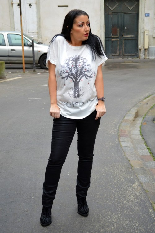 Blog mode Mélo l'imparfaite tee shirt Romwe, Once upon a time en pied 2