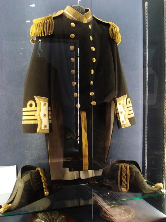 naval-uniform