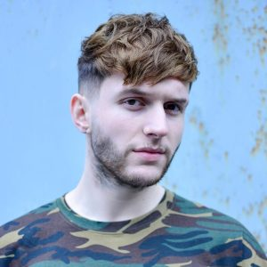 New Hairstyles for Men 2016: The Textured Crop