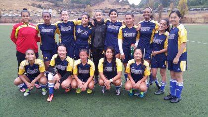 small-womens-soccer-team-2016-copy