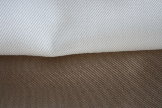 Khaki and khaki, perfectly soft for pillowcases.