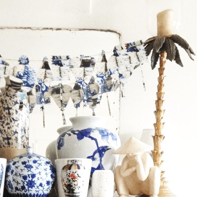Guirlandes de lanternes et chinoiseries