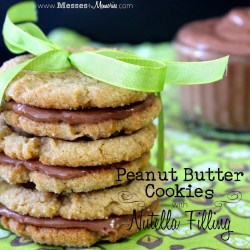 PEANUT BUTTER COOKIES WITH NUTELLA FILLING