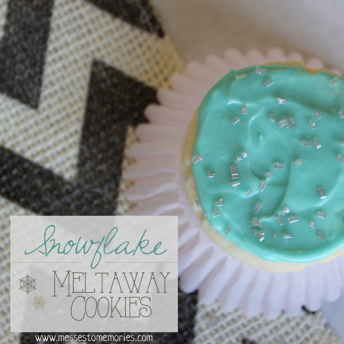 Snowflake Meltaway Cookies are the easiest and yummiest sugar cookie from Messes to Memories