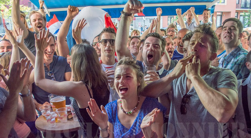 MATCH FRANCE HONDURAS au bar le massilia à montréal, 3ème but