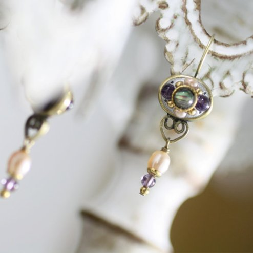 https://www.etsy.com/listing/78903338/vintage-pearl-and-amethyst-earrings?