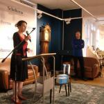Linda Crombach van de uitgeverij opende.